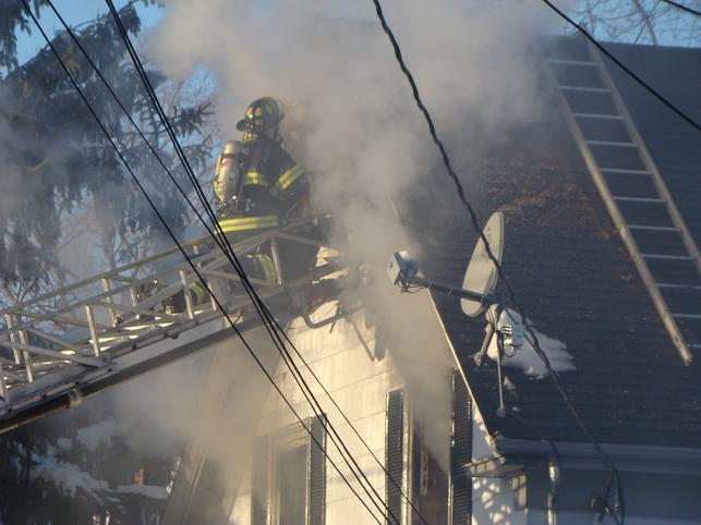 Beverly Operating at Danvers House Fire